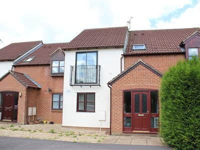 Property image of home to let in Warwick Close, Chippenham